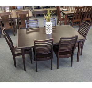Casual Comfort Table And Chair Set