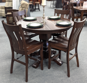 Kingston Pedestal Table And Chairs